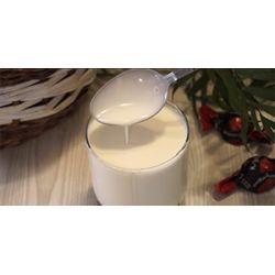 Как отделить сливки от молока с помощью метода гравитации